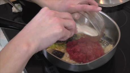 塩さばのトマト煮込み